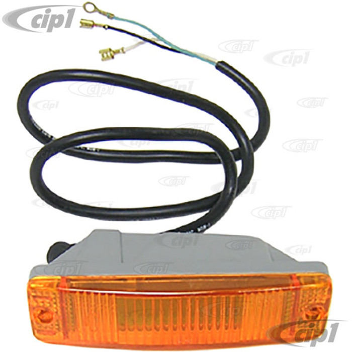 ACC-C10-1136 - AMBER TURN SIGNAL FOR CAL LOOK FRONT BUMPER - BEETLE 68-73 - SOLD EACH