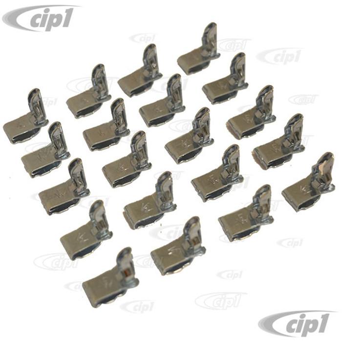 VHD-N14-3781-20 - GERMAN MADE - BAG OF 20 DOOR PANEL CLIPS - BUS 68-79 - SOLD BAG OF 20