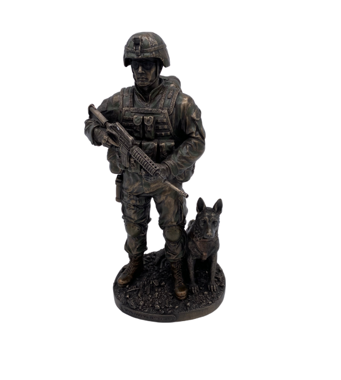 Honor Courage Army & War Dog