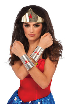 Wonder Woman Deluxe Tiara and Cuffs Set