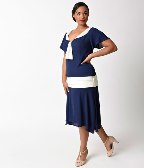 Plus Size Vintage Blue and White Flapper Day Dress (BACK)