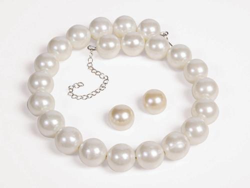 50s Pearl Earrings & Necklace