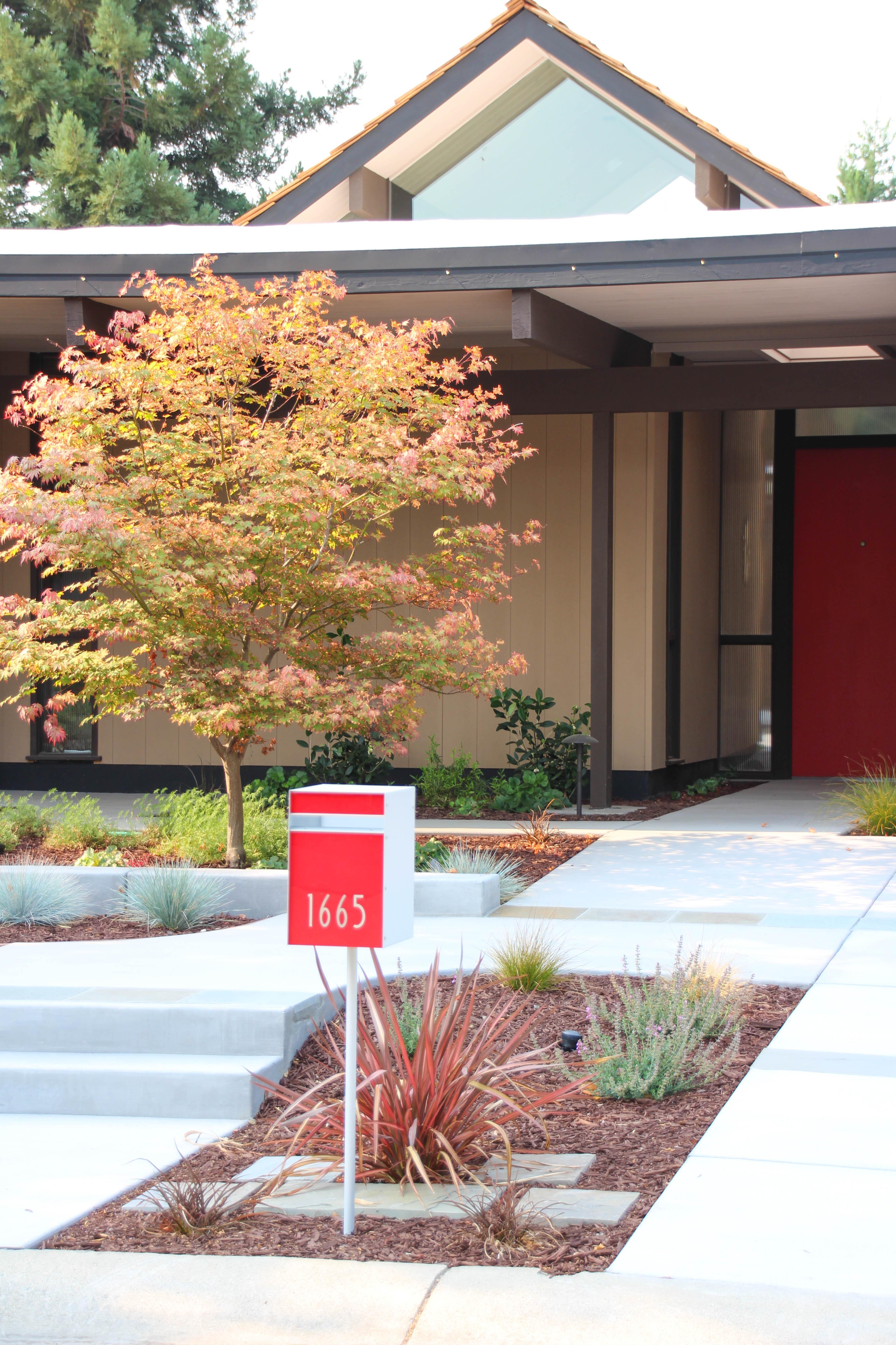 house-mailbox-2.jpg