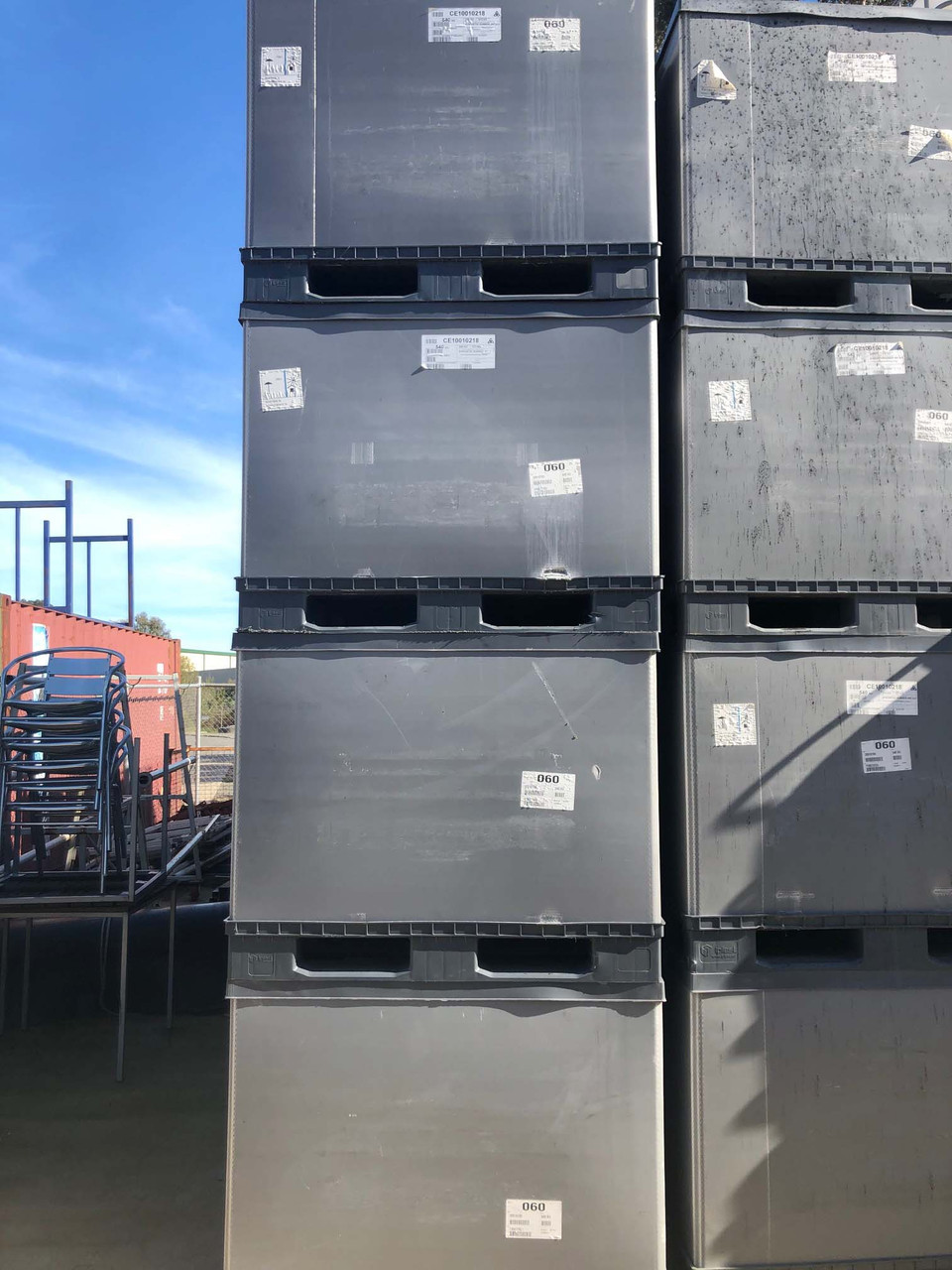 USED Plastic Collapsible Large Containers/Stillages with lid Heavy Duty