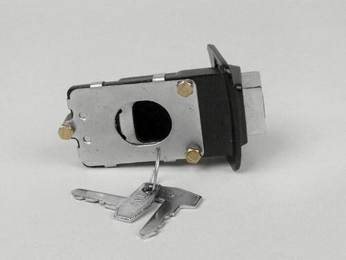 Vespa Seat Lock Assembly SCK PX/PE (8016-31101000)
