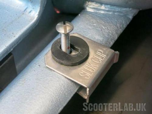 Lambretta Bridge Piece Fitting Kit SLUK Clip (86A-SLUK005)