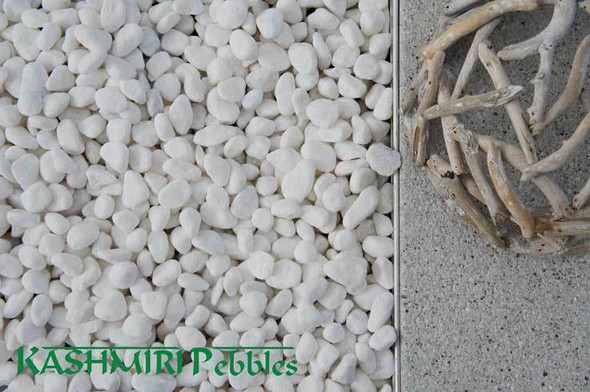 Kashmiri Snow White Pebbles 10-15mm 20kg