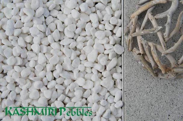 Kashmiri Snow White Pebbles 30-50mm 20kg