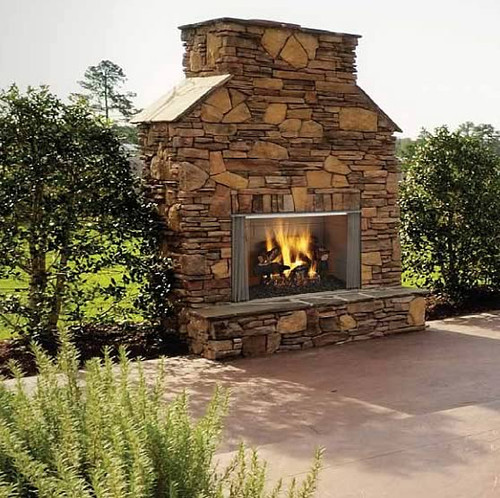 Villawood Outdoor Gas Fireplace