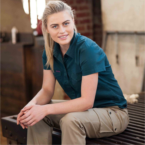 Green Hip - Pants Give Cargo 'Every Bron, Vick and Sally' (Khaki) - Women's Workwear