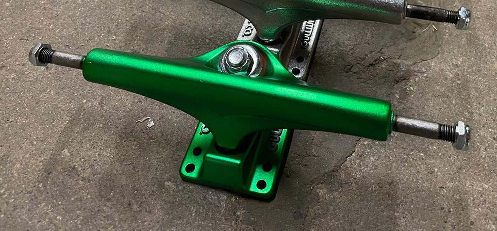 Gullwing Shadow Trucks 9.0 (161MM) Teal Green (Set of 2)