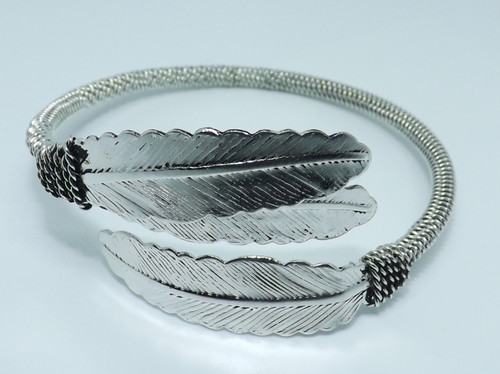 Metal Feather Bangle Bracelets  Easy to wear adjustable feather styled bangles, in Gold or Silver.  Made in India.