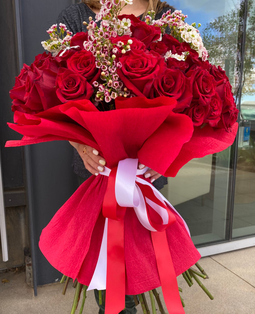100 Love Roses Bouquet