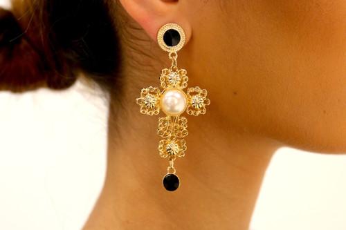 Amytis Earrings