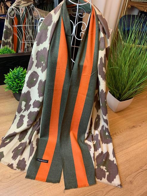 Feline Fine Green Cashmere Leopard Print Scarf