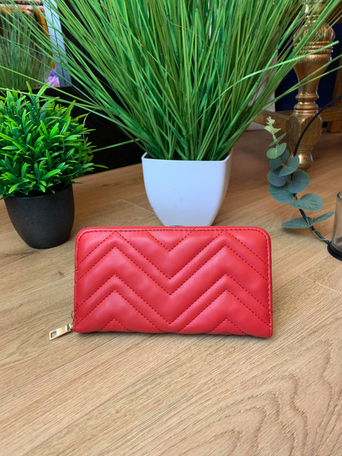 Carmen Designer Inspired 'V' Detail Large Red Purse