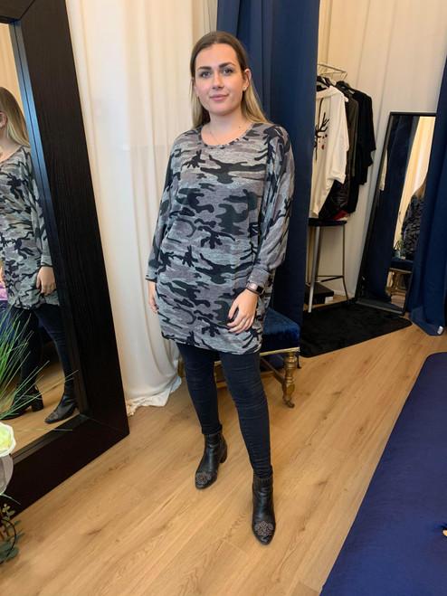 Survivor Khaki Oversized Camouflage 3/4 Sleeve Top