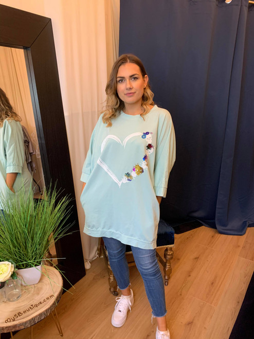 Never a Skull Moment Mint Heart Motif Oversize Long Sleeve Top
