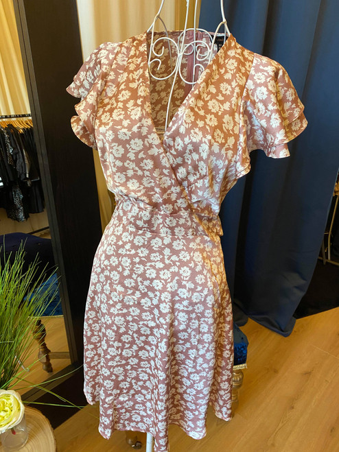 Sweet On You Dusky Pink Floral Frill Sleeve Dress