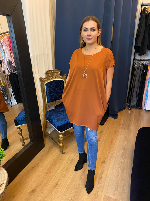 A Star is Born Rust Oversize Top & Necklace