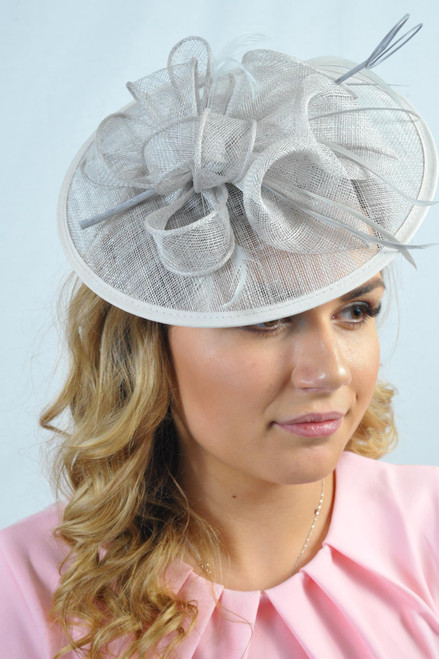 Oriental Lily Pale Grey Floral Feather Hatinator