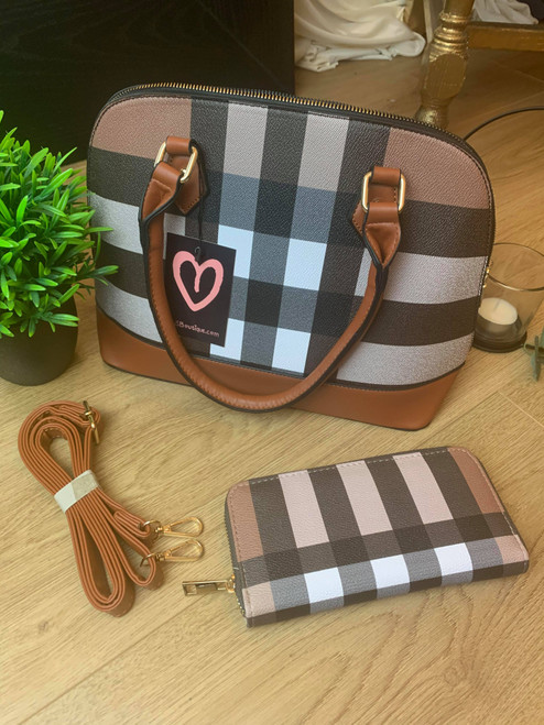 Iconic Brown Handbag and Purse Set With A Cross Lattice Design