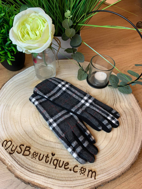 Designer Inspired Grey Tartan Check Thermal Lined Gloves