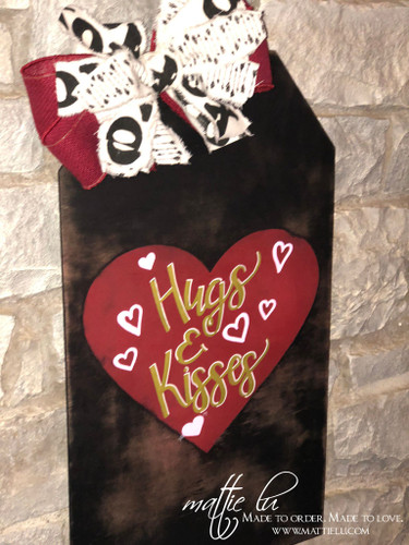 Valentines Decor| Valentines Door Hanger| Hugs & Kisses Tag Door Hanger| Hugs & Kisses