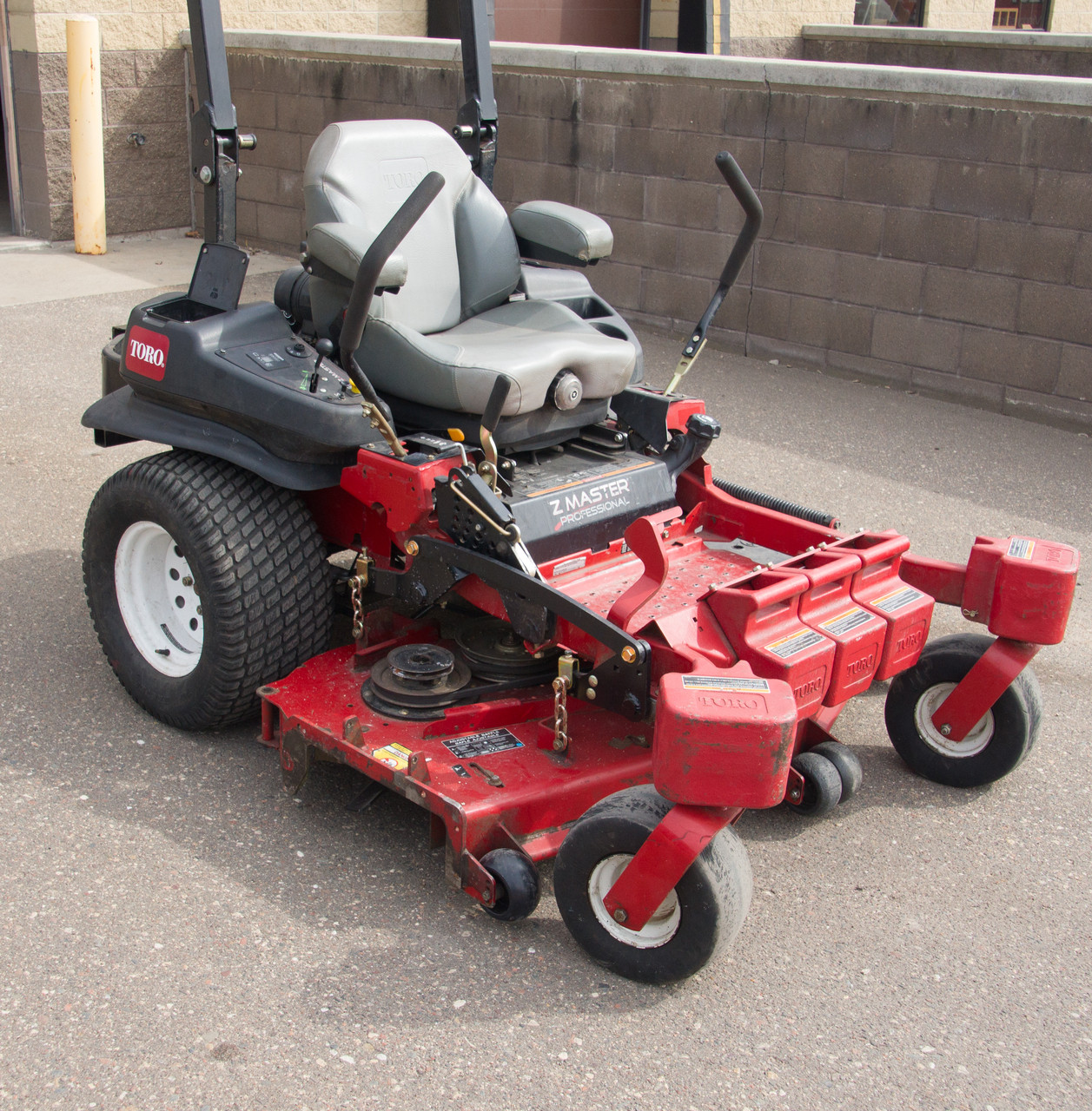 "Toro Z-Master 5000 with 60"" Turbo Force mower deck 2013 model"