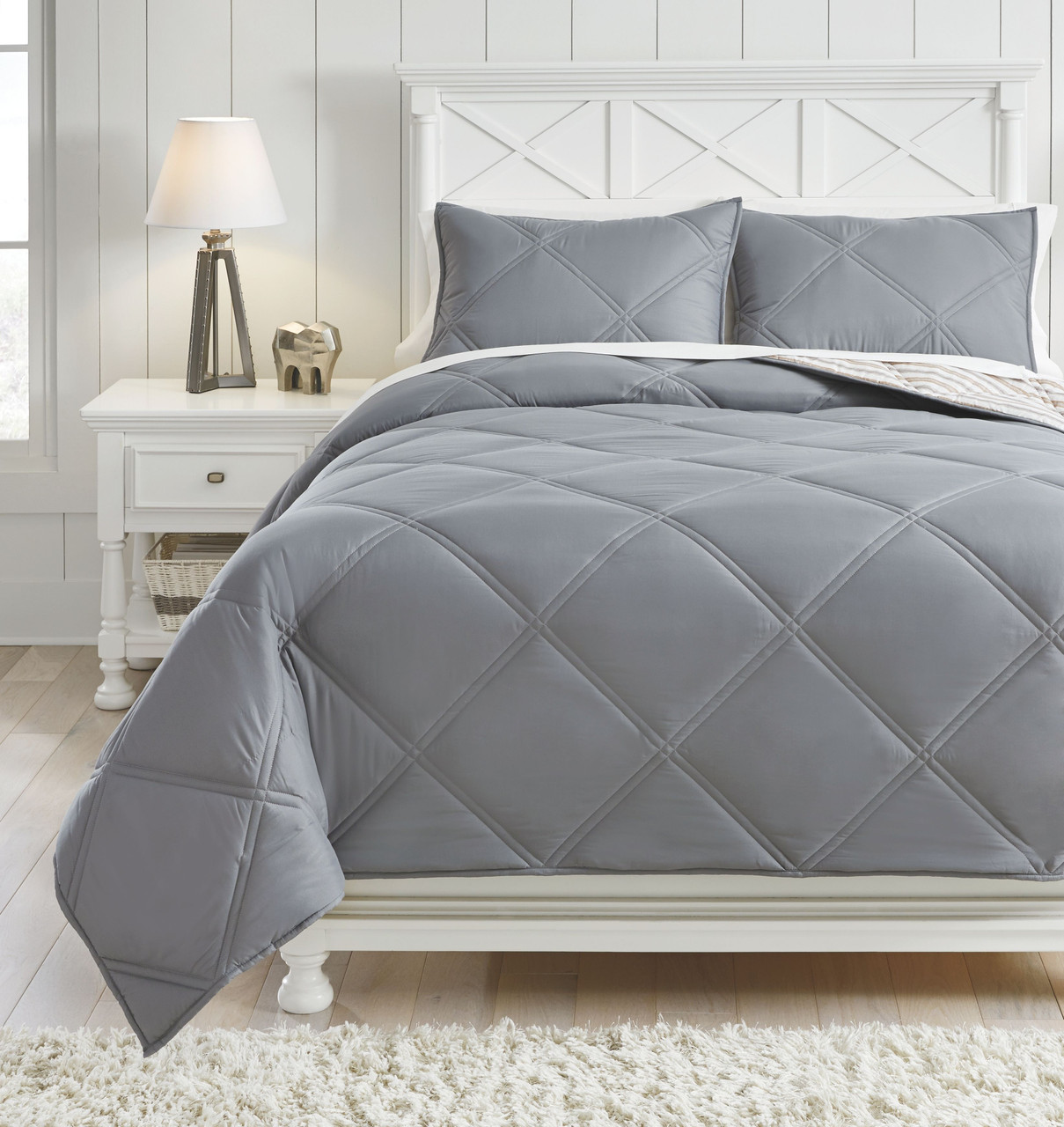 The Rhey Tan Brown Gray Full Comforter Set Available At Bitney S Furniture And Mattress Company Serving Kalispell Mt