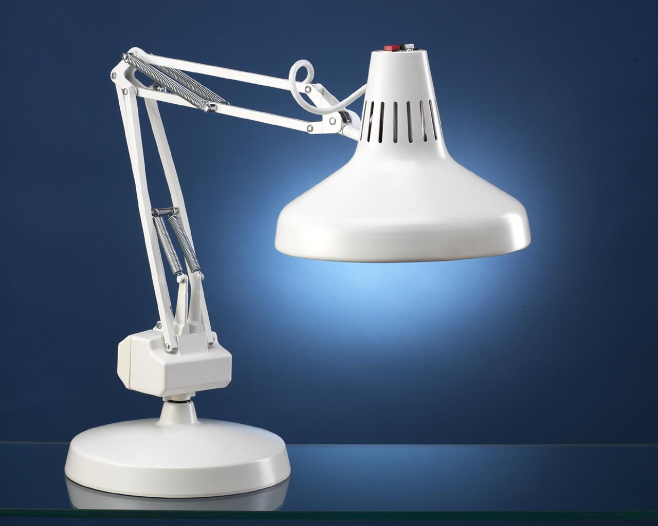 Luxo Combo Weighted Base Lamp 10 inch round base