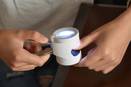 Nail Clipper with 4X LED Magnifier