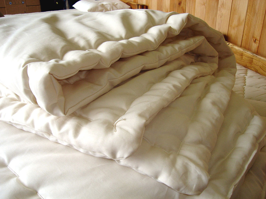 Queen-Size Wool Comforter