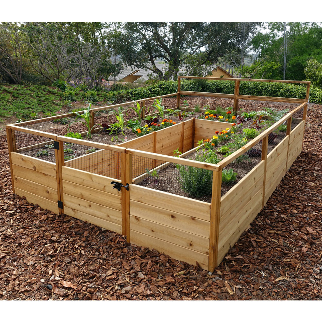 Note: Our  8' x 12' Cedar Complete Garden Kit no longer comes with the rear folding trellis at the back of the garden (pictured here). The screen height is the same around the perimeter of the garden