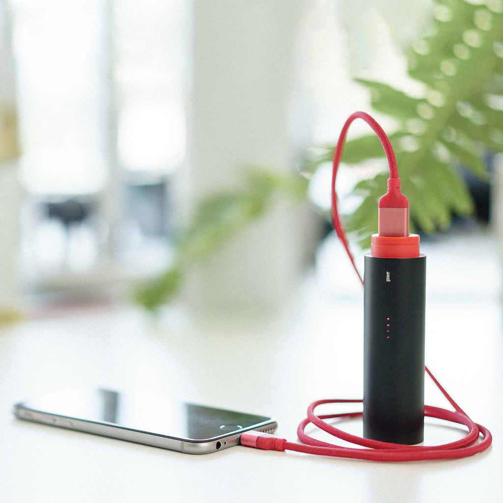 PWR Power Bank charging a device