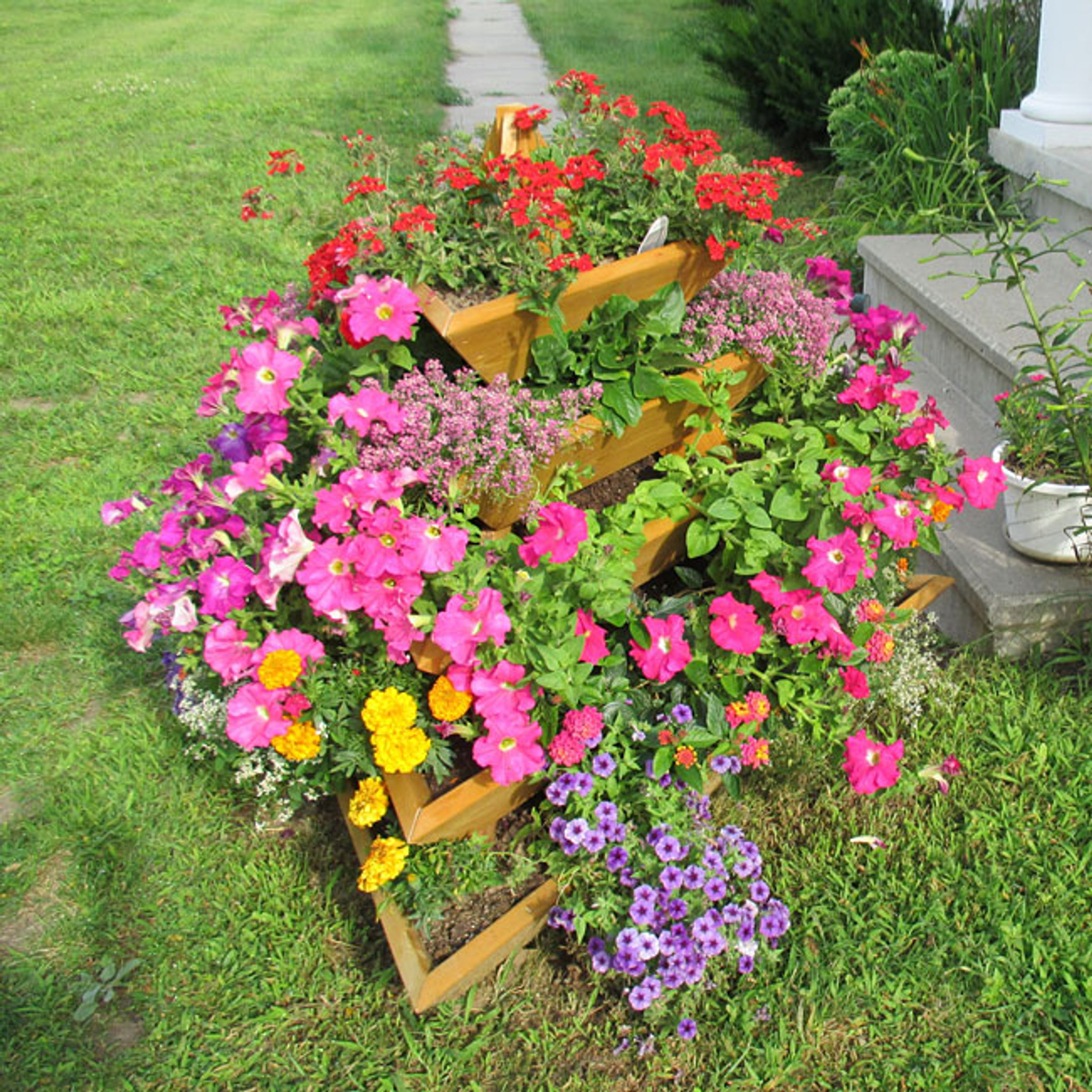 Flower Bed Maintenance Cost: 5 Level Plant Pyramid