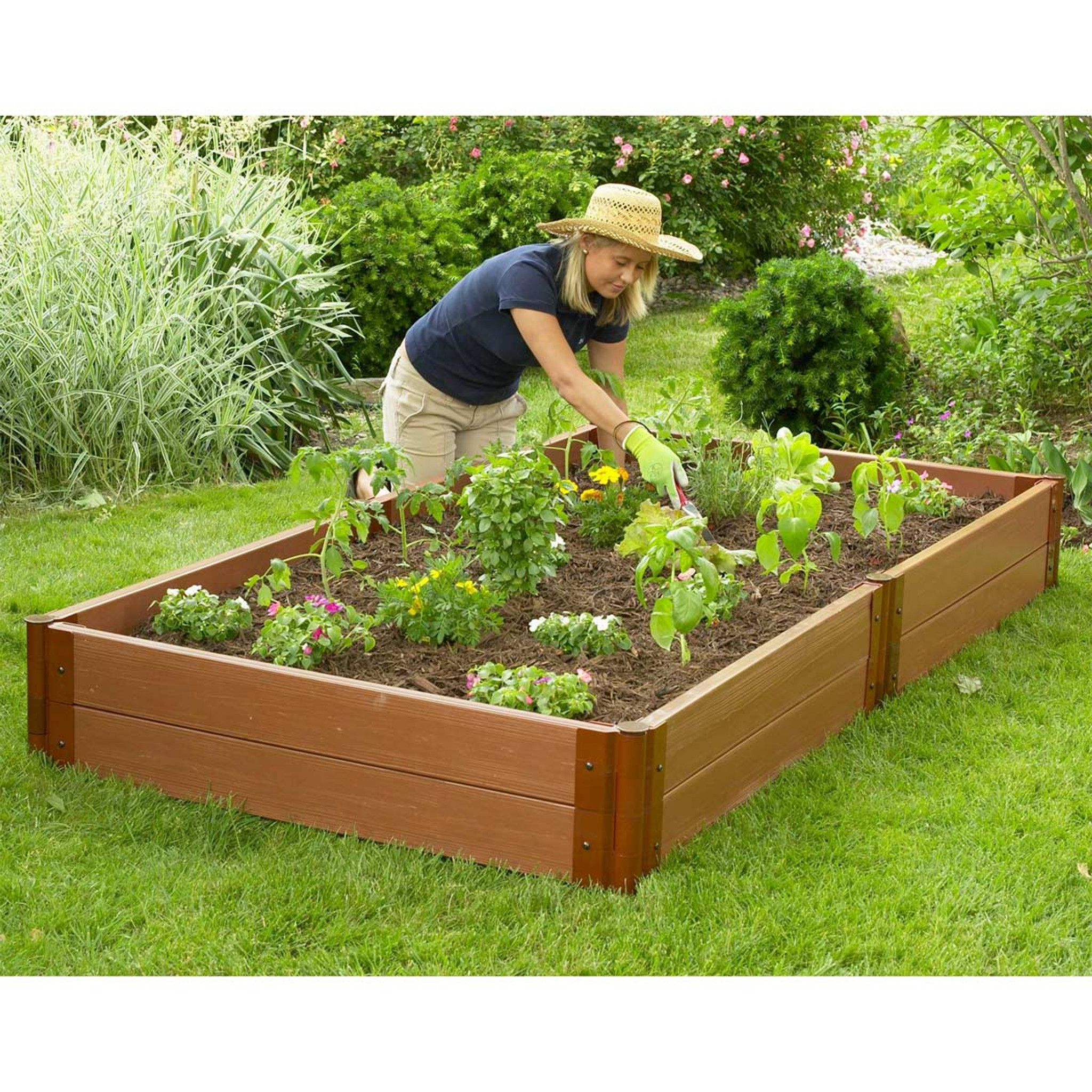 Gardening Beds: Composite Raised Garden Bed - 4' X 8'
