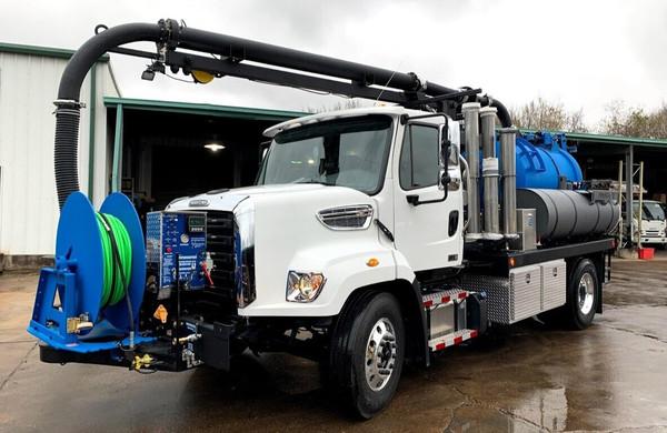 Non-CDL 3-Yard Combination Vacuum Truck (Saddle Tanks)