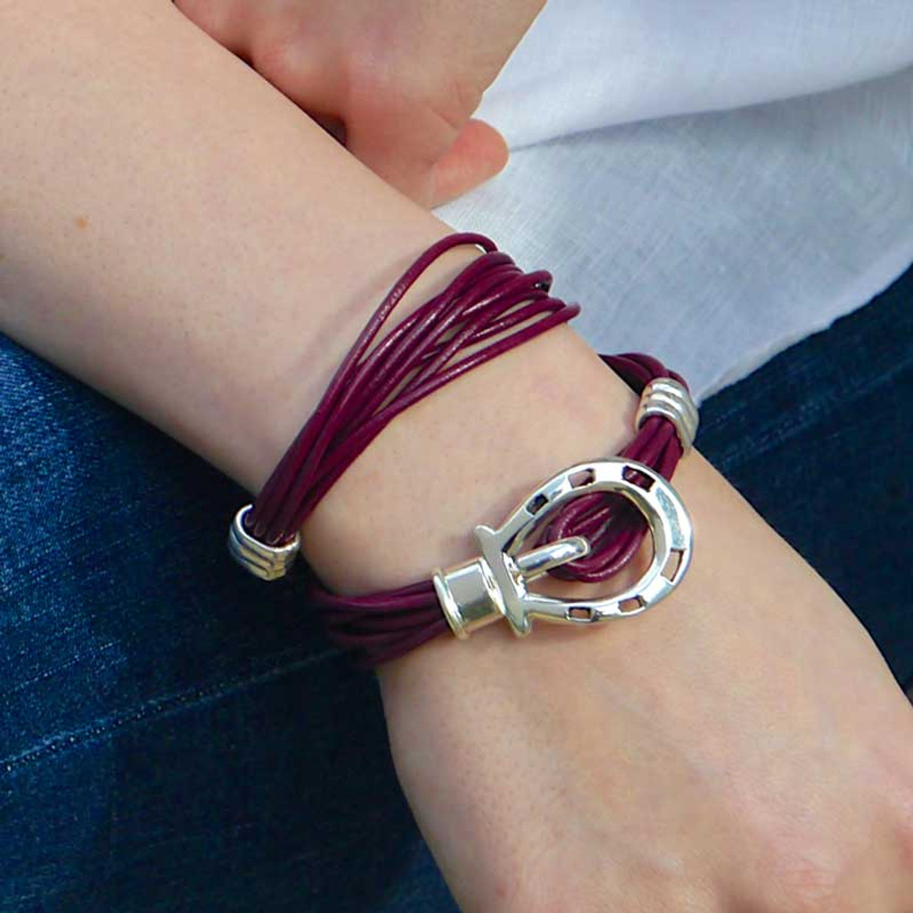 Horse Shoe Clasp Leather Wrap Bracelet