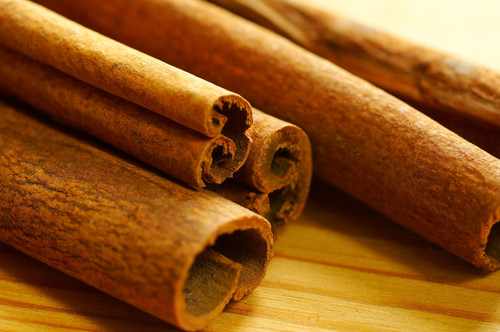 Cinnamon Air Freshener has The Aroma of Fresh grated cinnamon sticks. Infused with natural essential oils.  Just Add Water to Refresh. Best Damn Scents - Dunham's Essentials, Dunham's Home