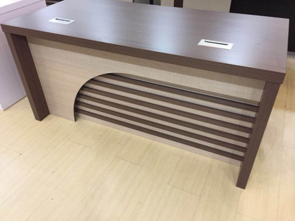 1160 #-1.4منضدة مكتب