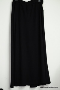 Black V Cut Skirt Size 8