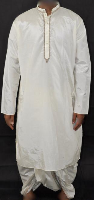 Off-white Silk Set