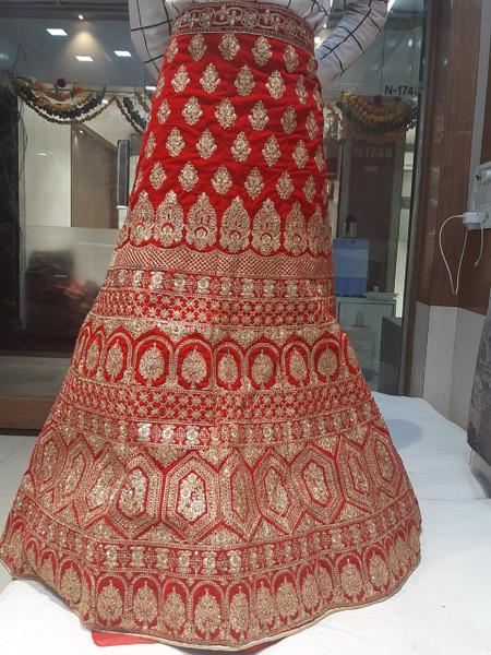 Wedding Gown 01 it (un-stitched)