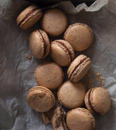 Hazelnut Macarons with Gianduja Ganache