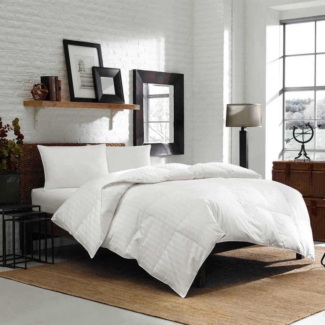 Eddie Bauer 600 Fill Power White Down Comforter