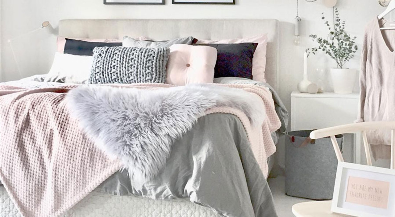 Arrangements, Colors & Tricks: Make the Most of Your Luxury Bedding