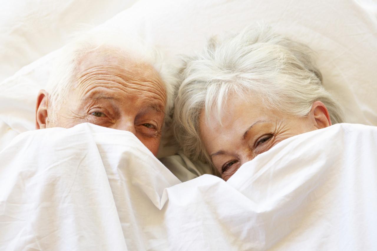 Aging and Sleep: 5 Sleep Tips For Seniors