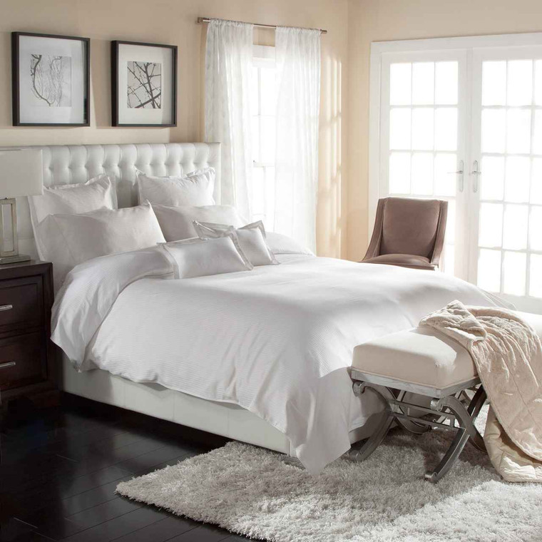 DOWNLITE Hotel Look Easy Care Poly/Cotton Duvet Cover