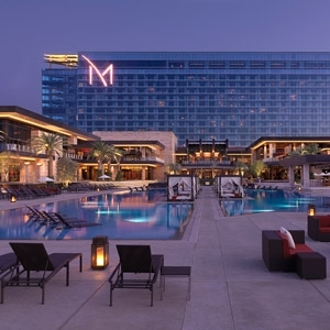 M Resort Hotel Bedding